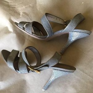 Ferragamo stingray sandals 8
